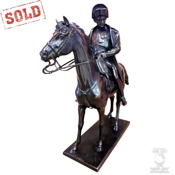 "«Antique bronze sculptural composition"" Napoleon on a horse ""»"