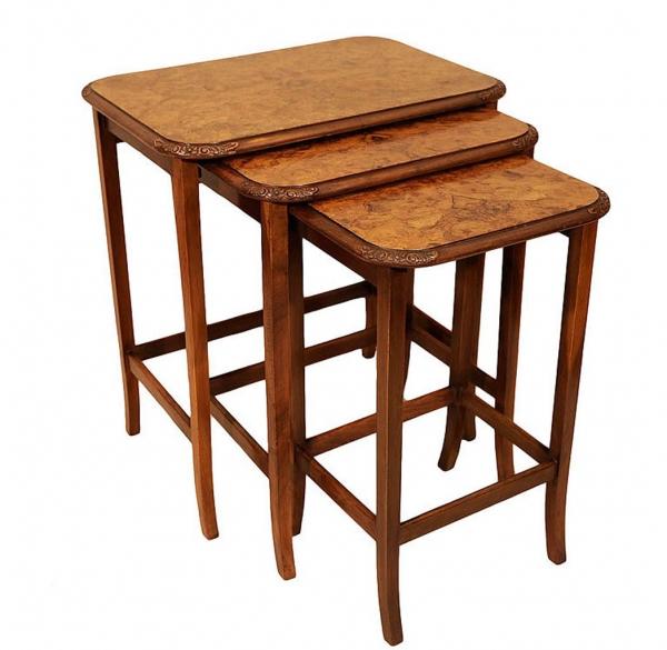Набор из трех английских столиков