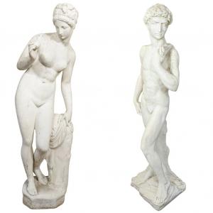 Пара садовых скульптур
