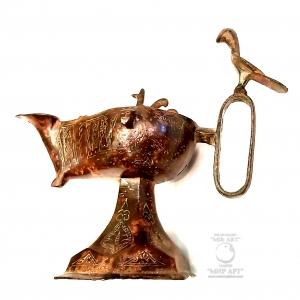 """""""Антикварная исламская бронзовая большая масляная лампа с рукоядкой в виде птицы и с надписями из Священного Корана на старом арабском языке""""  Материал: бронза, грвировка"""