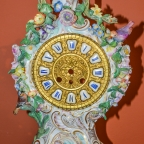 """""""Clock with flowers and birds"""""""